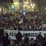 Infografía didáctico-política; el cierre de RTVV (Canal 9). Lladres que entreu per Almansa.. (per Moraira o Castelló..)