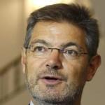 Del ministro Catalá, la separación de poderes, los twits de Guillermo Zapata, el Principio de Peter y otras maravillas…